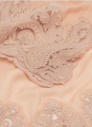 Detail View - Click To Enlarge - Janavi - Paisley lace trim cashmere scarf