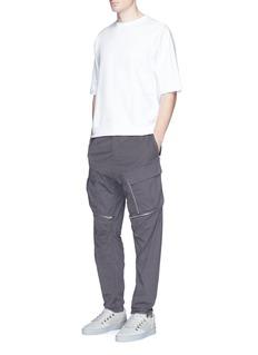 Stone IslandGarment dye poplin cargo pants