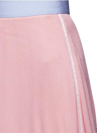 Detail View - Click To Enlarge - Roksanda - 'Leighton' ladder stitch seam crepe skirt