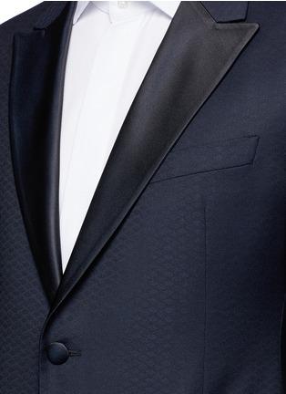 Detail View - Click To Enlarge - Armani Collezioni - 'Metropolitan' diamond jacquard wool tuxedo suit