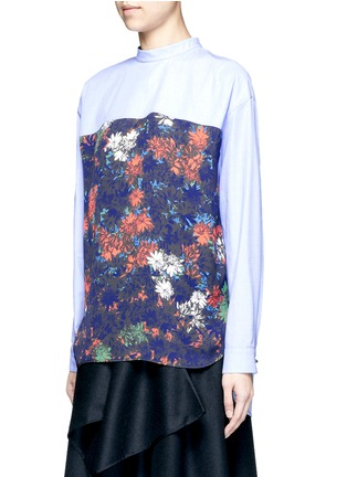 Front View - Click To Enlarge - Cédric Charlier - Floral print back poplin shirt