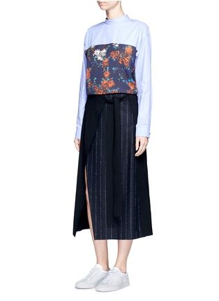 Figure View - Click To Enlarge - Cédric Charlier - Floral print back poplin shirt
