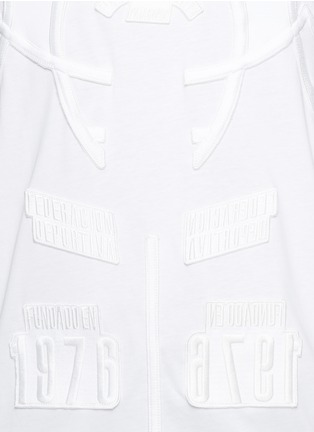 Detail View - Click To Enlarge - Marcelo Burlon - 'Cabaiguan' patch embroidery T-shirt