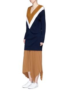 Comme MoiColourblock silk-blend rib knit dress