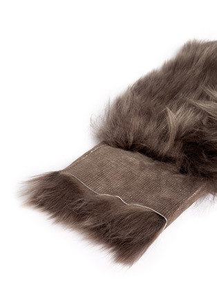 Detail View - Click To Enlarge - KARL DONOGHUE - Reversible Toscana lambskin shearling fingerless gloves
