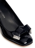 'Bold Fore' bow patent leather pumps