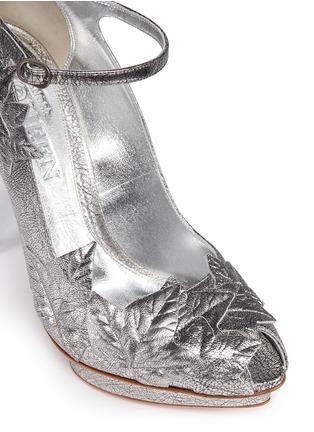 Detail View - Click To Enlarge - Alexander McQueen - Leaf appliqué metallic leather pumps