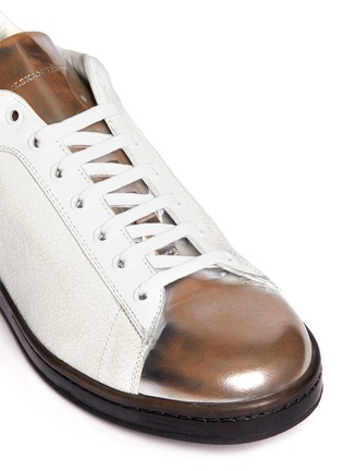 Detail View - Click To Enlarge - Alexander McQueen - Mirror trim cracked leather sneakers