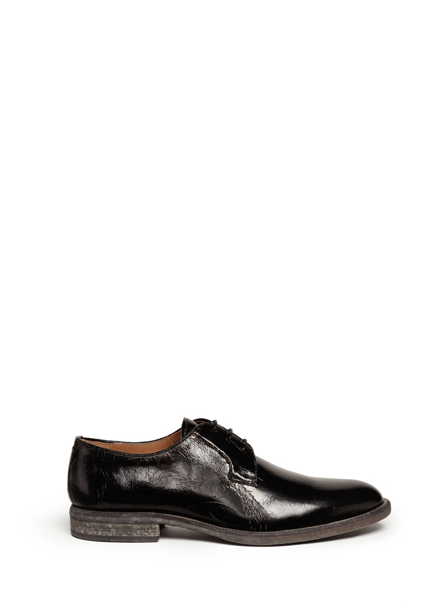 Cracked leather Derby shoes