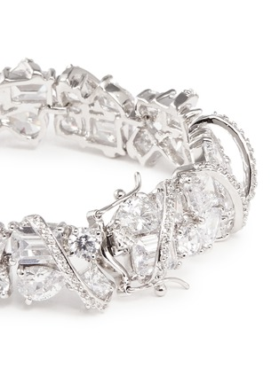 Detail View - Click To Enlarge - CZ by Kenneth Jay Lane - Pavé raised arch mix cubic zirconia bracelet