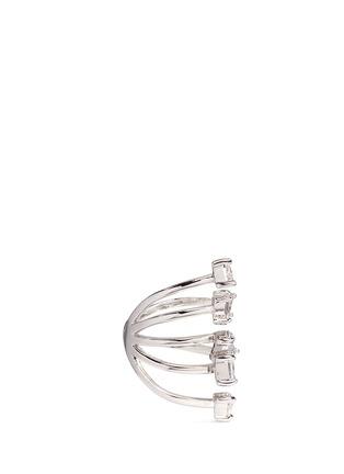 模特儿示范图 - 点击放大 - CZ BY KENNETH JAY LANE - 几何方晶锆石戒指