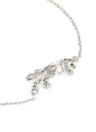 Detail View - Click To Enlarge - Heting - 'Pinecone' tsavorite charm 18k white gold bracelet