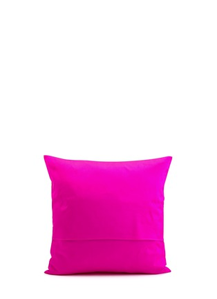 Figure View - Click To Enlarge - CHLOE CROFT - Magenta Flamingos Silk Cushion