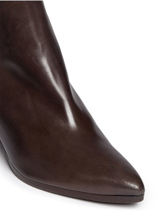 Detail View - Click To Enlarge - Stuart Weitzman - 'Apogee Lo' leather Chelsea boots