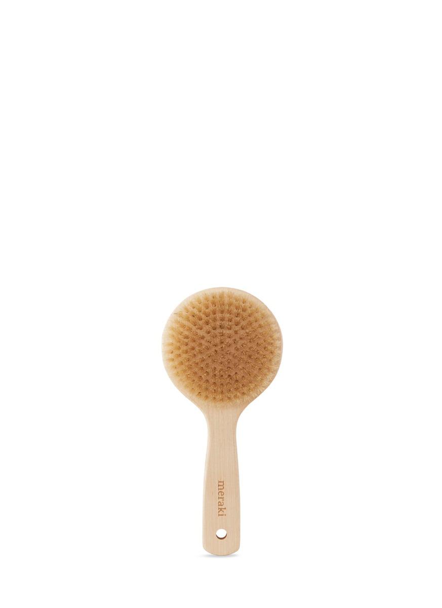 Short maple wood brush by Meraki