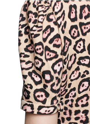 Detail View - Click To Enlarge - Givenchy - Jaguar print stretch cady gown