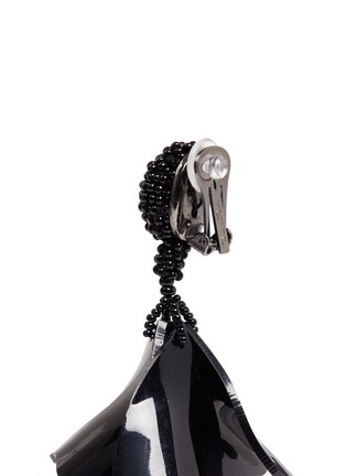 Detail View - Click To Enlarge - Oscar de la Renta - 'Mini Impatiens' petal glass crystal drop clip earrings