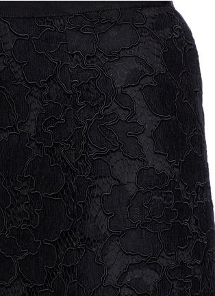 Detail View - Click To Enlarge - Oscar de la Renta - Floral lace mermaid skirt