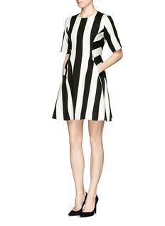 MO&CO. EDITION 10Mix fabric stripe flare dress