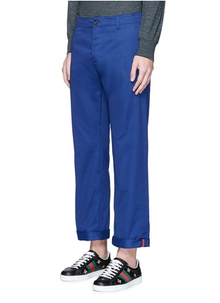 Front View - Click To Enlarge - Gucci - Contrast trim rolled cuff cotton chinos