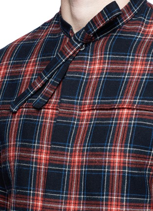 Detail View - Click To Enlarge - Gucci - Neck sash tartan plaid flannel shirt