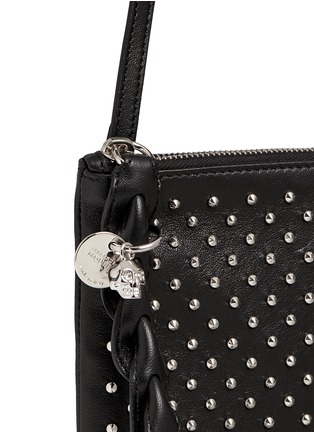 Detail View - Click To Enlarge - Alexander McQueen - Skull charm stud leather flat crossbody bag