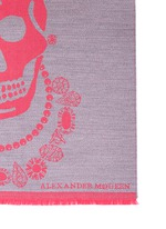King and queen skull jacquard scarf