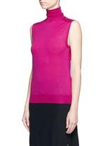 Turtleneck wool knit sleeveless top