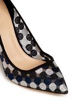 Collection Elsie circle lace pumps