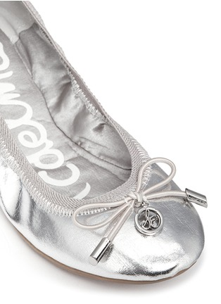 Detail View - Click To Enlarge - Sam Edelman - 'Farren' metallic faux leather junior ballerina flats