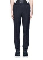 Tailored jogging pants