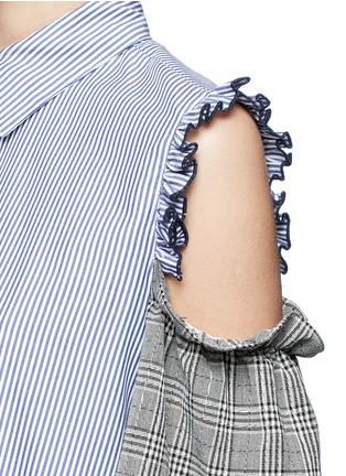 Detail View - Click To Enlarge - Sandy Liang - 'Danny' glen check cold shoulder stripe A-line dress