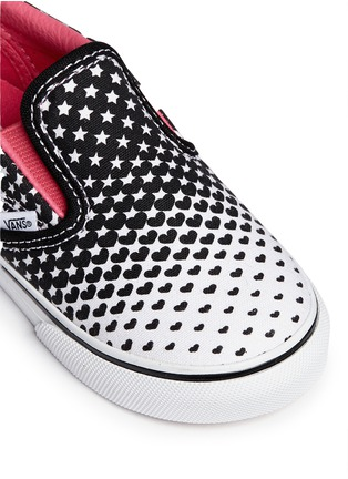 Detail View - Click To Enlarge - Vans - 'Classic' heart and star print canvas toddler slip-ons