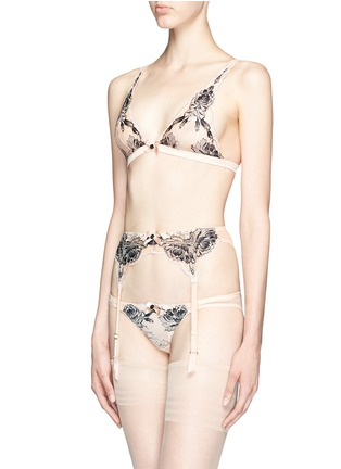 Figure View - Click To Enlarge - L'Agent - 'Dani' peony lace tulle mini briefs