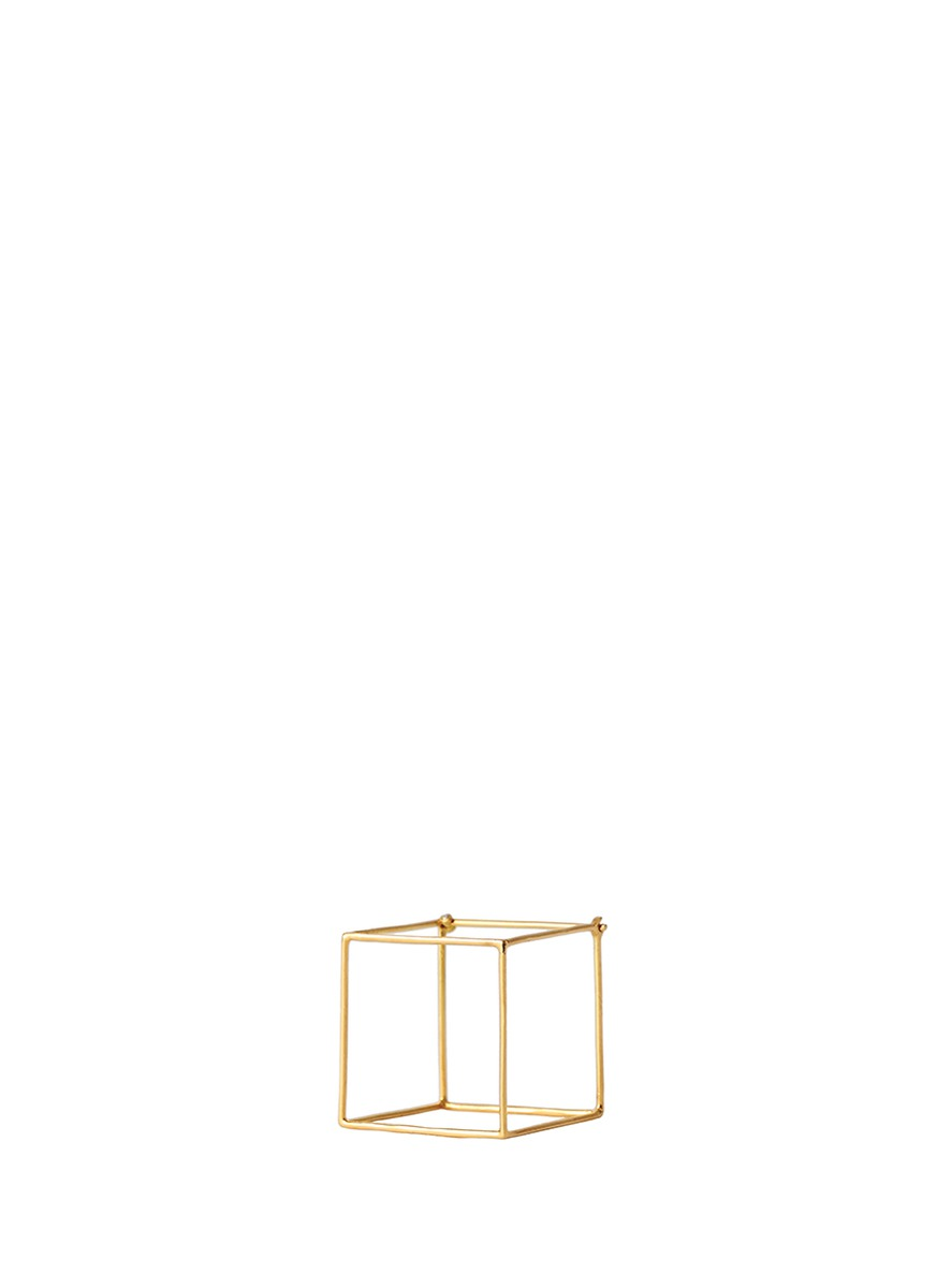 3D 18k yellow gold 7mm cube single earring by Shihara