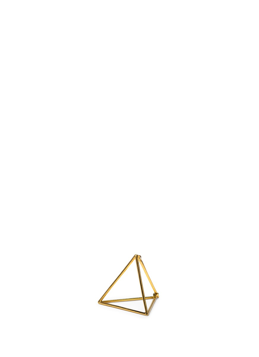 3D 18k yellow gold 10mm pyramid single earring by Shihara