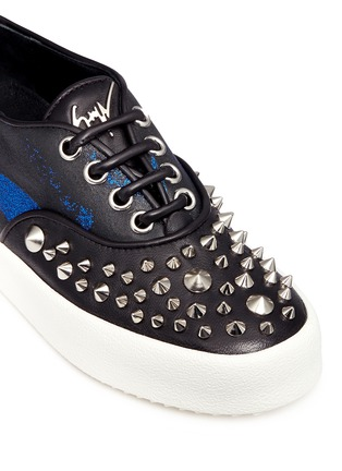 Detail View - Click To Enlarge - Giuseppe Zanotti Design - 'May London' spike stud leather flatform sneakers