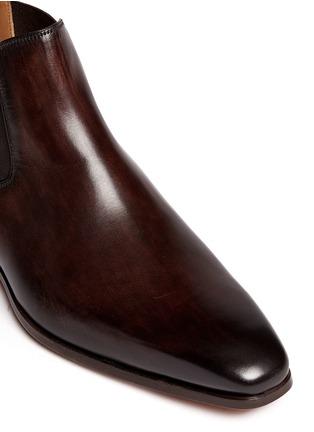 细节 - 点击放大 - MAGNANNI - 擦色真皮切尔西短靴