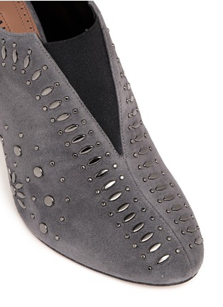 Detail View - Click To Enlarge - Alaïa - Stud suede booties