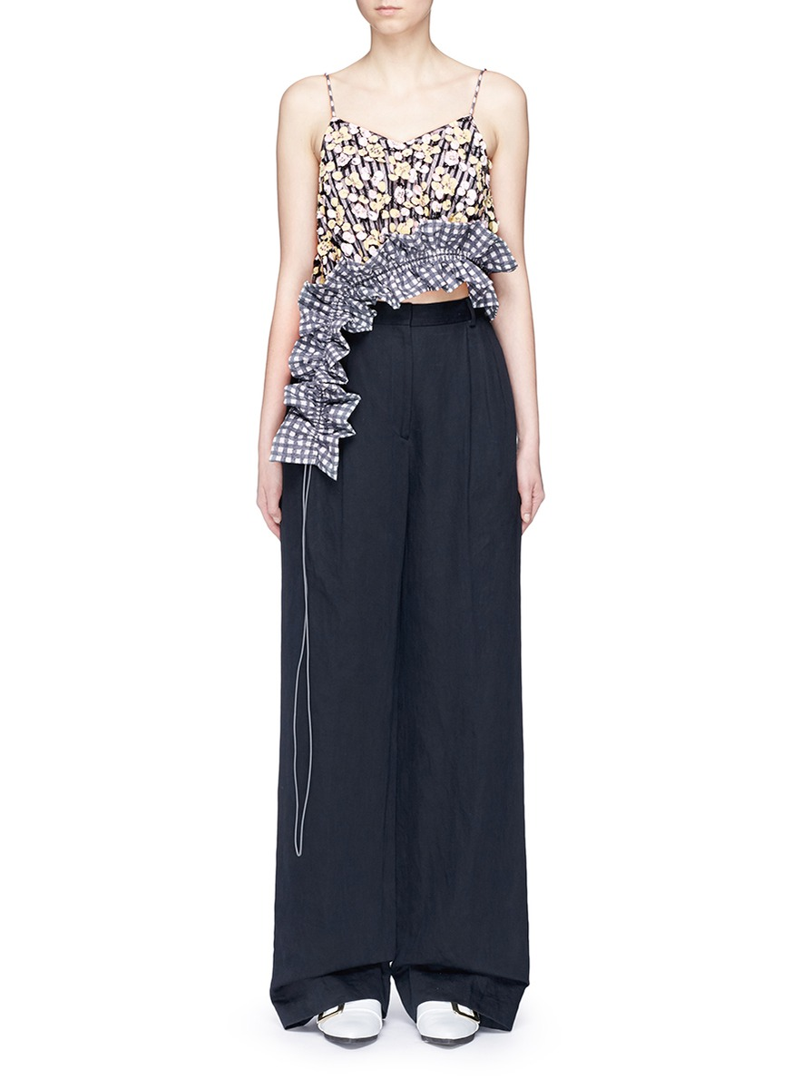 Asymmetric ruffle floral patch cropped top by Dawei