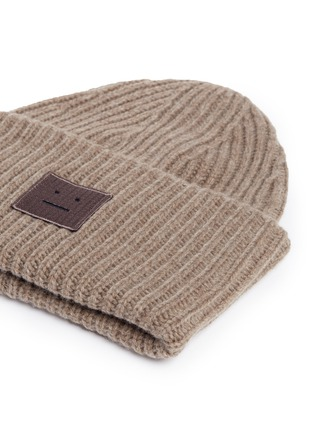 Detail View - Click To Enlarge - Acne Studios - 'Pansy' emoticon patch wool beanie