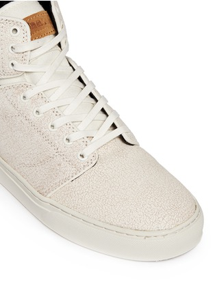 Detail View - Click To Enlarge - Vans - 'Alomar' crackle leather mid top sneakers
