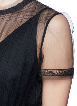Detail View - Click To Enlarge - Valentino - Tulle bodice Crepe Couture dress