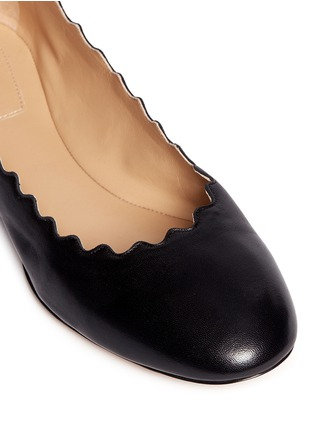 Detail View - Click To Enlarge - Chloé - 'Lauren' scalloped edge leather flats