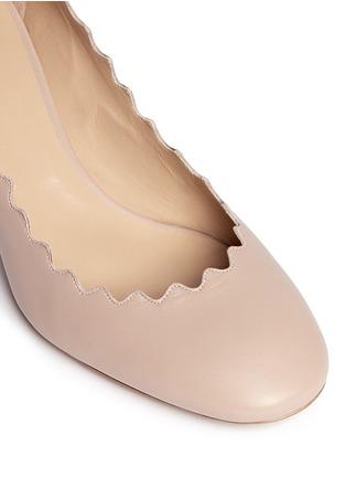 细节 - 点击放大 - CHLOÉ - 波浪鞋口纳帕皮高跟鞋