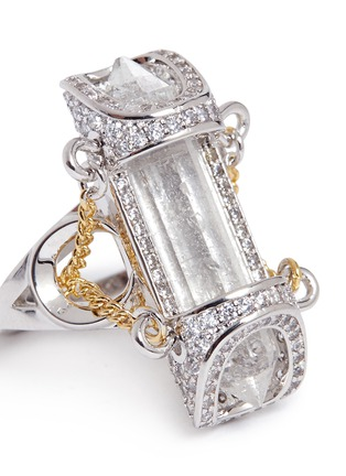 Detail View - Click To Enlarge - Eddie Borgo - 'Sibyl Vial' chain rock crystal ring