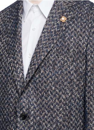 细节 - 点击放大 - LARDINI - 拼色折纹西服外套