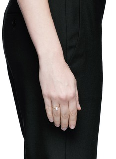 Shihara'Half Pearl 45°' Akoya pearl 18k yellow gold ring