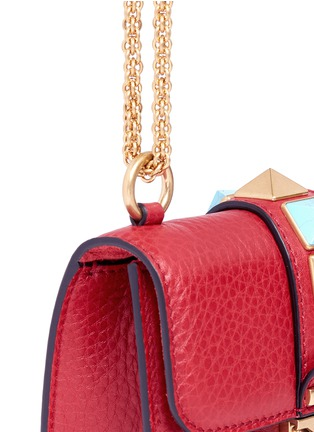 Detail View - Click To Enlarge - Valentino - 'Rockstud Rolling Lock' mini leather chain shoulder bag