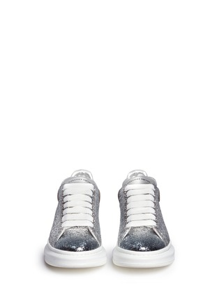 Front View - Click To Enlarge - Alexander McQueen - Chunky outsole coarse glitter metallic leather sneakers